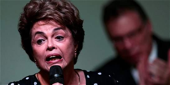 Rousseff se defiende con grabaciones que tumbaron a ministros de Temer