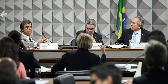 Senado brasileño quiere acelerar el juicio a Dilma Rousseff