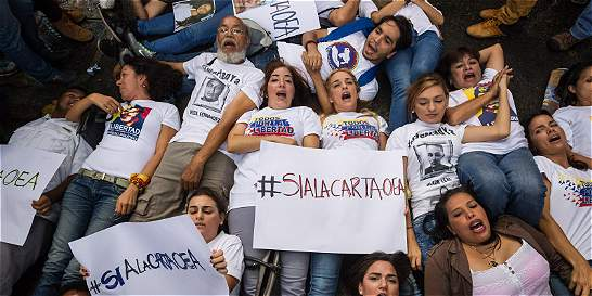 OEA no decide, pero apretó a Venezuela