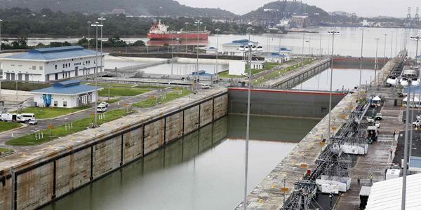 Panamá, el canal se abre a los colosos