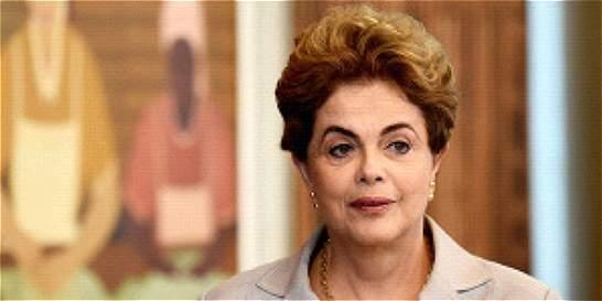 Dilma Rousseff exculpada de maniobras fiscales por informe del Senado