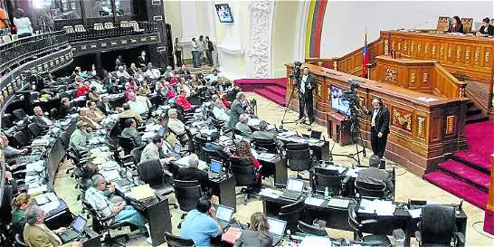 ¿Es factible la disolución del Parlamento en Venezuela?