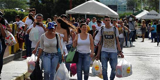 Apertura temporal de la frontera registrada en los medios venezolanos