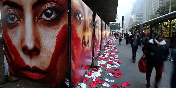 Una de estas violaciones múltiples ocurrió en Brasil y generó una protesta en varias ciudades.
