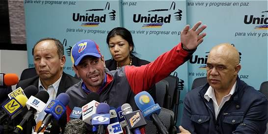 CNE alarga fechas para no hacer revocatorio a Nicolás Maduro en 2016