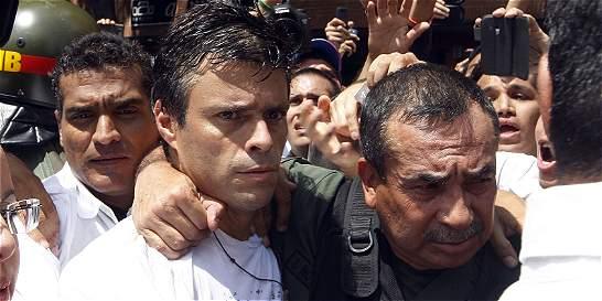 Leopoldo López seguirá en una cárcel venezolana
