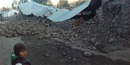 Oficialmente son 4 los muertos por sismo en Perú. Más de 50 heridos