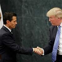 Trump revive la polémica y le propone a Peña Nieto construir el muro