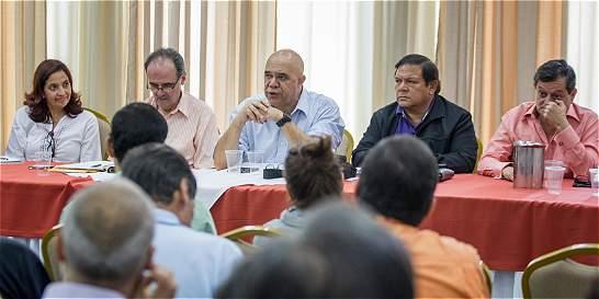 Oposición venezolana llama a protesta el 12 de octubre por revocatorio