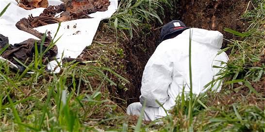 Autoridades en México dieron 'trato indigno' a 119 cadáveres inhumados