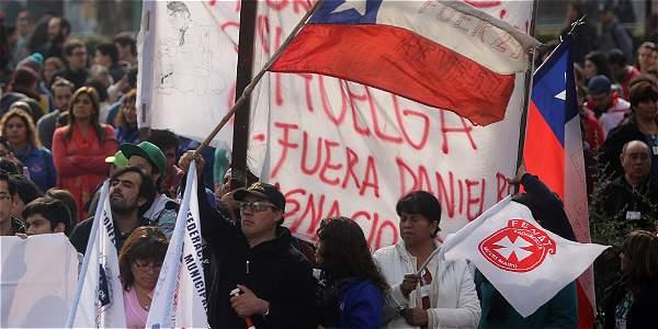 Los movimientos sociales se hacen sentir cada vez más en un Chile cuyo acelerado crecimiento económico se ha visto parado.