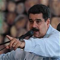 Maduro pide a oposición dejar 'camino del golpismo'