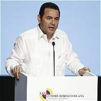 Allanan por 'error' la casa presidencial en Guatemala