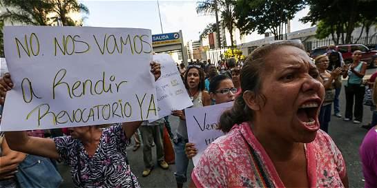 Gobierno y oposición venezolana dialogarán bajo amenaza de ruptura