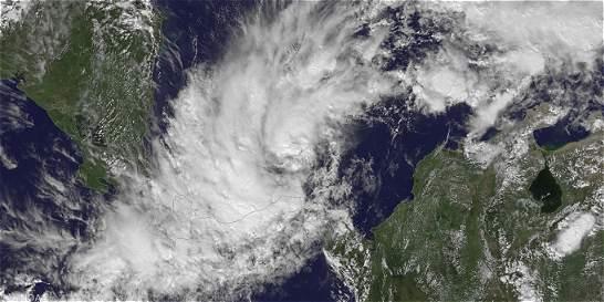 Cuatro muertos y un desaparecido por la tormenta Otto en Panamá