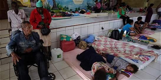 Centroamérica, azotada por un terremoto y paso de huracán Otto