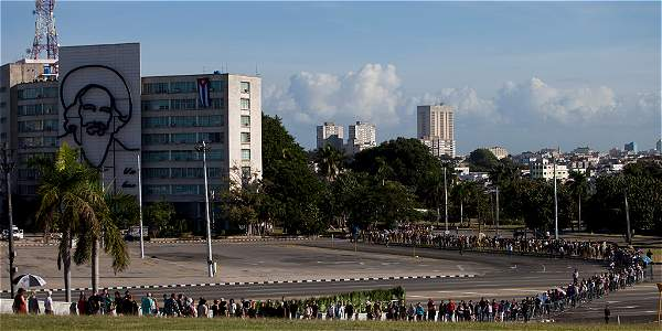 Los cubanos se preparan para despedir a Fidel Castro