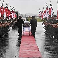 Chapecó, bajo la lluvia, despide a sus héroes