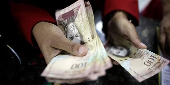 Venezuela alista nuevos billetes para frenar devaluación