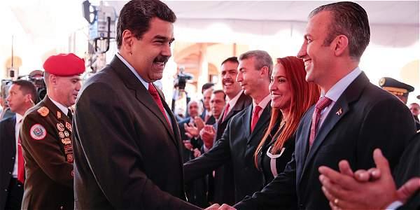 ¿Quién es El Aissami, el nuevo vice de Maduro que podría reemplazarlo?