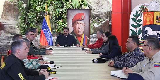 Claves para entender si aplica 'abandono de cargo' a Maduro