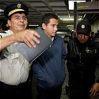 Prisión preventiva a hijo y hermano de Jimmy Morales por fraude