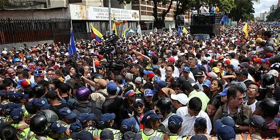 Oposición venezolana retomó la calle para exigir nuevas elecciones