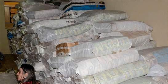 El extraño cargamento de bolívares que apareció en Paraguay