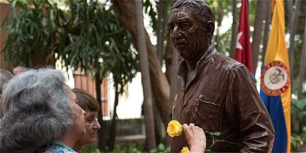 Gabriel García Márquez se queda en La Habana, Cuba