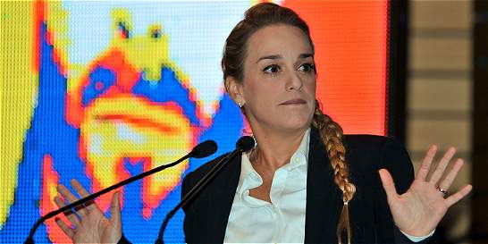 Tintori dice que Maduro 'castigó' a López por reunión con Trump