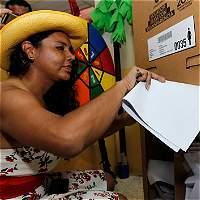 Transgéneros votaron con su género elegido por primera vez en Ecuador