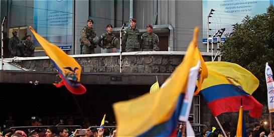 Fotos: protestas en Ecuador por demoras en resultados electorales