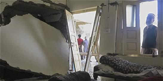 Terremoto en Afganistán y Pakistán se cobra la vida de 350 personas