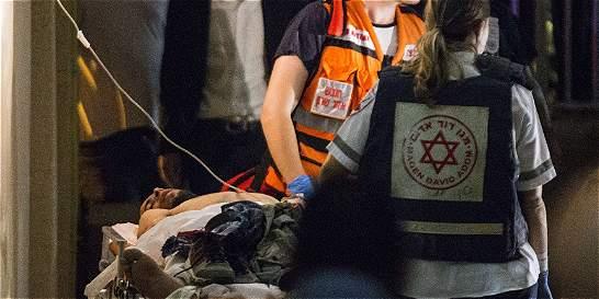 Israelí de 70 años es herido en apuñalamiento por un palestino