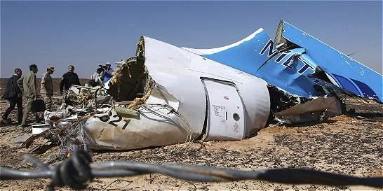 Rusia estudia la tesis del atentado contra avión accidentado en Egipto