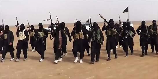 EI difunde nuevo video de ejecuciones en Siria y amenaza a Reino Unido