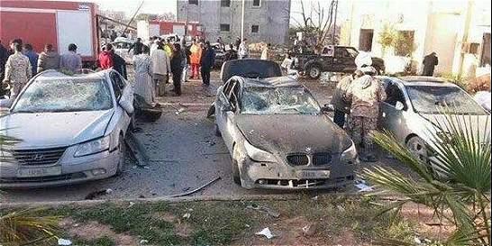 Atentado terrorista en Libia deja entre 50 y 60 muertos