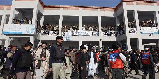 Pakistán revive el drama de ataques a centros educativos