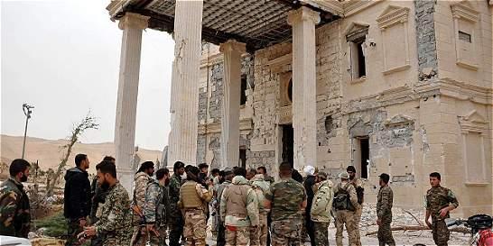 Ejército sirio hace retroceder al Estado Islámico en Palmira