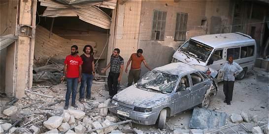 Al menos 600 mil personas viven en zonas sitiadas en Siria