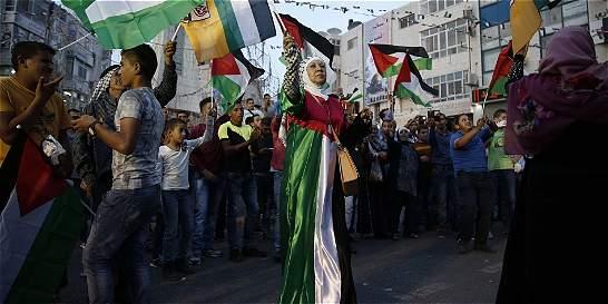 A Google le llueven críticas por 'borrar' a Palestina del mapa