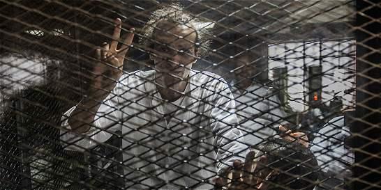 El fotógrafo olvidado hace tres años en una prisión en Egipto
