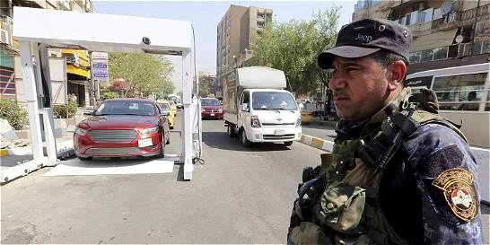Al menos 18 muertos en atentado suicida en el sudoeste de Bagdad, Irak