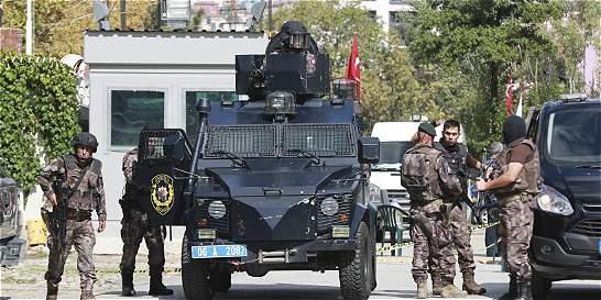 Un hombre intentó atacar la embajada de Israel en Turquía