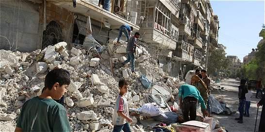 Rusia extiende cese de bombardeos en Alepo para que la gente evacúe