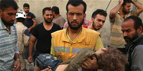 En ataque a escuela, 22 niños y 6 maestros murieron en Siria