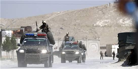 Cuatro muertos tras atentado a mayor base de EE. UU. en Afganistán