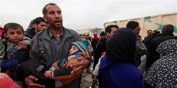 Desde el inicio de la ofensiva para reconquistar Mosul el 17 de octubre pasado, más de 70.000 personas huyeron de los combates.