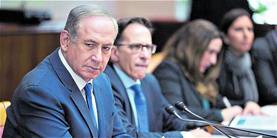 El gusto por los lujos enreda al primer ministro de Israel