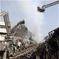 Decenas de heridos deja el derrumbe de un edificio en Teherán